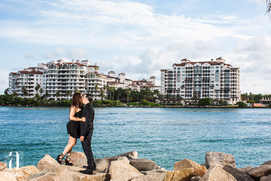 South Pointe Miami Beach Engagement Session-004